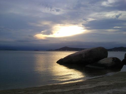 Na praia, da série poentes... foto arauto do futuro - 19-01-2010